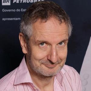 """Thomas Haemmerli, diretor de """"Eu Sou a Gentrificação: Confissões de um Cana..."""