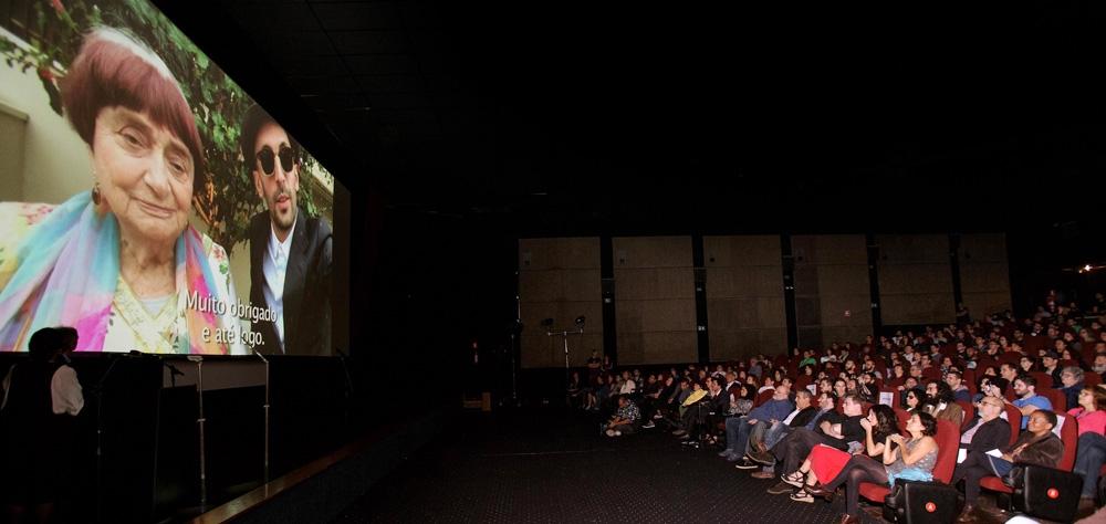 Diretores agradecem aos prêmios recebidos na 41ª Mostra; assista aos vídeos