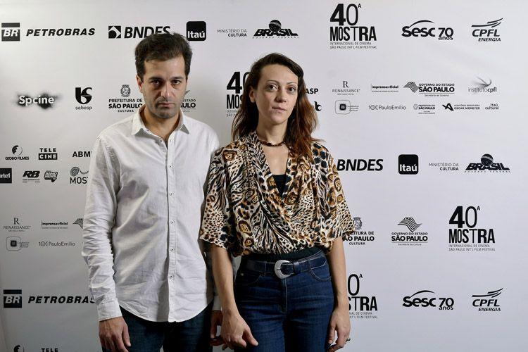 Gustavo Jahn e Melissa Dullius, diretores do filme Muito romântico