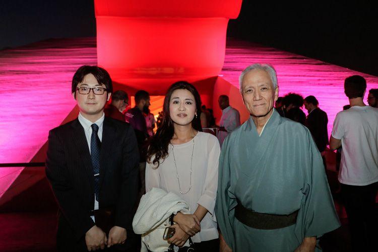 Massaru Susaki, diretor geral da Fundação Japão; Sho Takamagui , diretor de assuntos culturais da Fundação Japão e Melissa Yabuki
