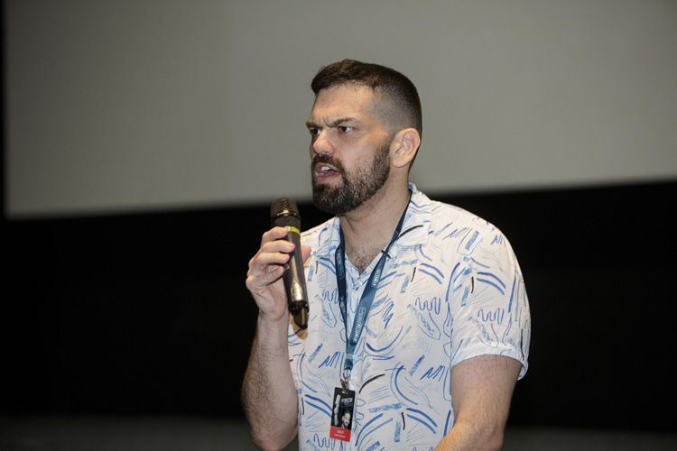 Cinesesc / Adam Keleman apresenta seu filme Vida Fácil