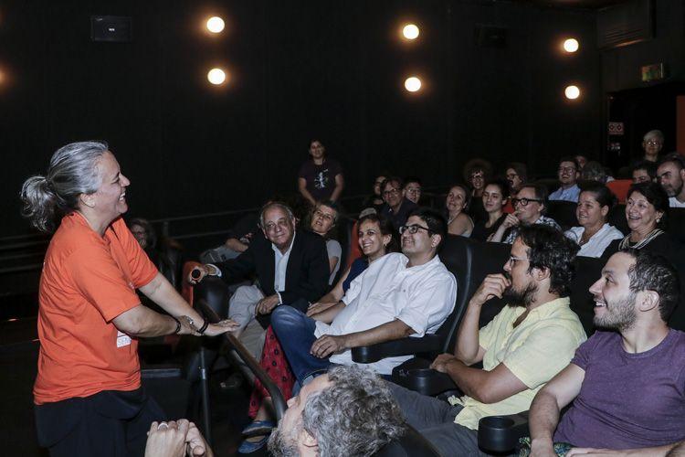 Espaço Itaú de Cinema – Augusta 4 / Heloísa Passos apresenta seu filme Construindo Pontes