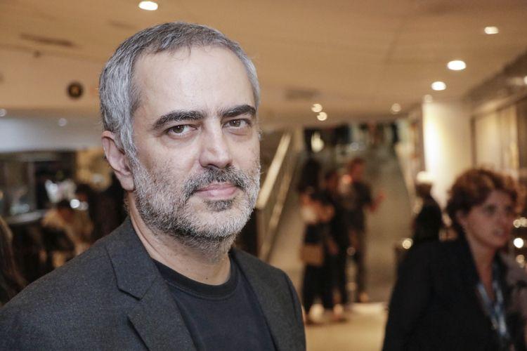 Heitor Dhalia, diretor do filme Yoga Arquitetura da Paz