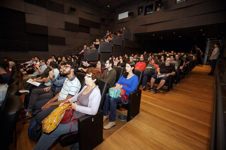 IMS – Instituto Moreira Salles / Público na sessão do filme Aqueles que Estão Bem, de Cyril Schaublin