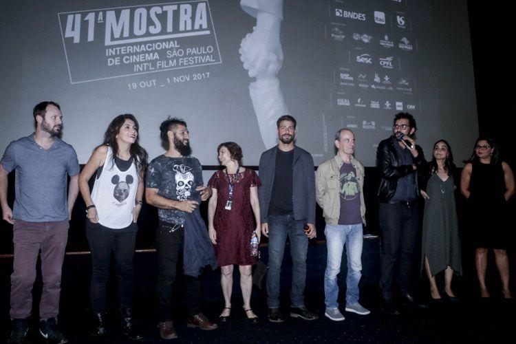 Cinearte 1 / Entre a equipe do filme, Felipe Bragança, diretor de Não Devore Meu Coração, apresenta a sessão