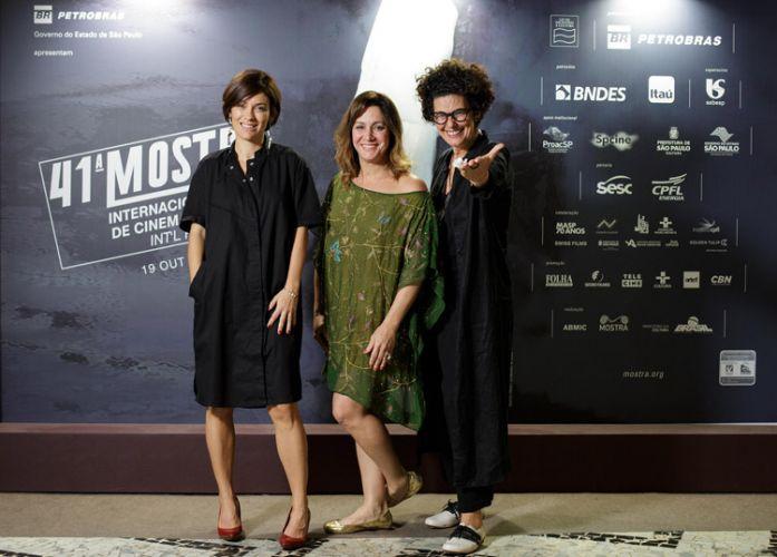Diane Peixoto Maia (produtora), Joana Mariani e Paula Trabulsi, diretoras do filme A Imagem da Tolerância