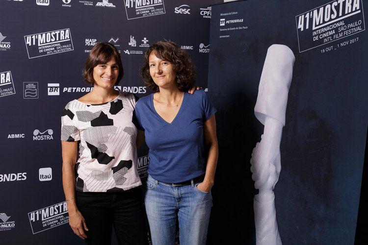 Eugenia Mumenthaler (produtora) e Olga Baillif (diretora do filme Ao Redor de Luisa)