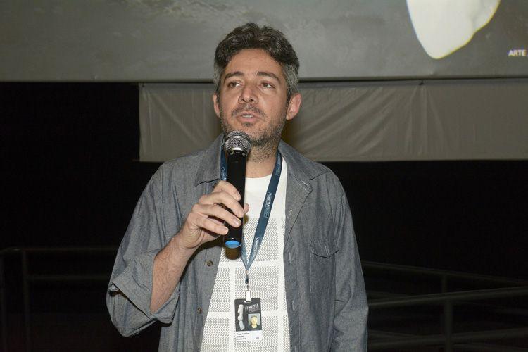 Espaço Itaú de Cinema - Frei Caneca 3 / Tiago Arakilian, diretor de Antes que Eu Me Esqueça, apresenta seu filme