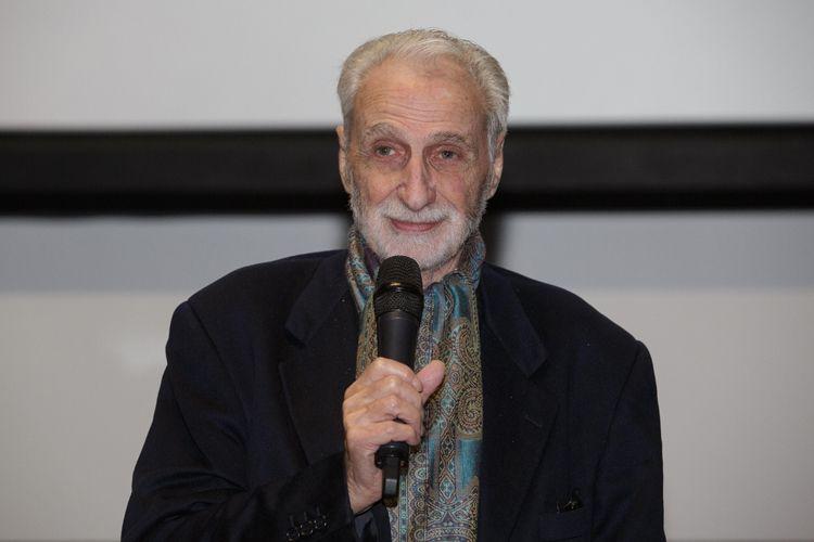 Cinesesc / O diretor Paul Vecchiali fala com o público após receber o Prêmio Leon Cakoff