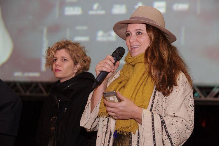 Vão Livre do Masp / Priscilla Telmon, diretora, apresenta a sessão de seu filme Híbridos, os Espíritos do Brasil