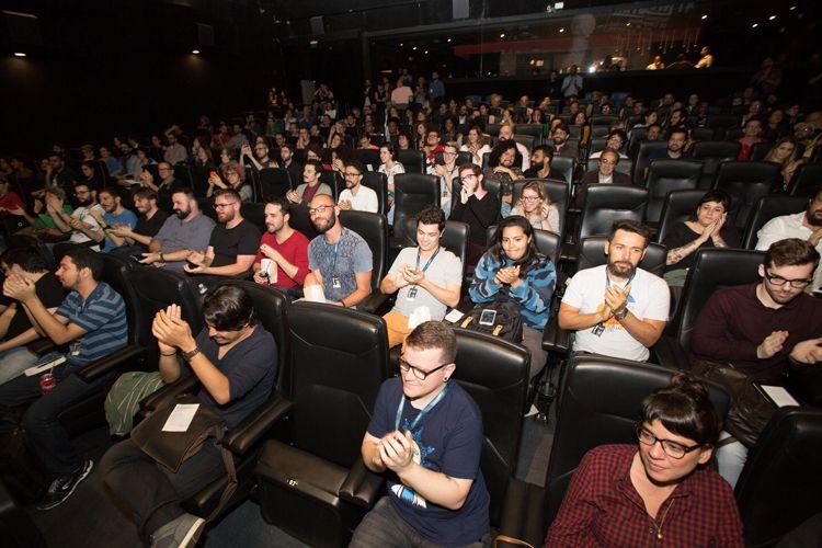 Cinesesc / Público na sessão do filme As Boas Maneiras, de Juliana Rojas e Marco Dutra