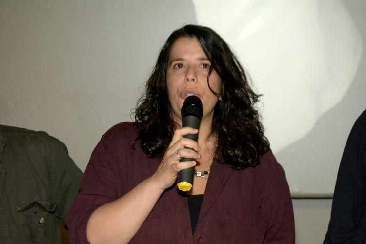 Espaço Itaú de Cinema – Frei Caneca 2 / Caroline Leone, diretora de Pela Janela, apresenta seu filme
