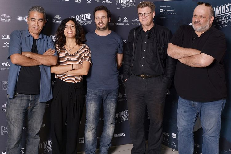 Júri da 41ª Mostra: Luís Urbano (produtor), Marina Person (cineasta), Diego Lerman (cineasta), Henk Handloegten (cineasta) e Eran Riklis (cineasta)