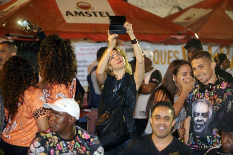 Ensaio da Escola de Samba Vai-Vai / Chamila Rodríguez, produtora do filme A Telenovela Errante
