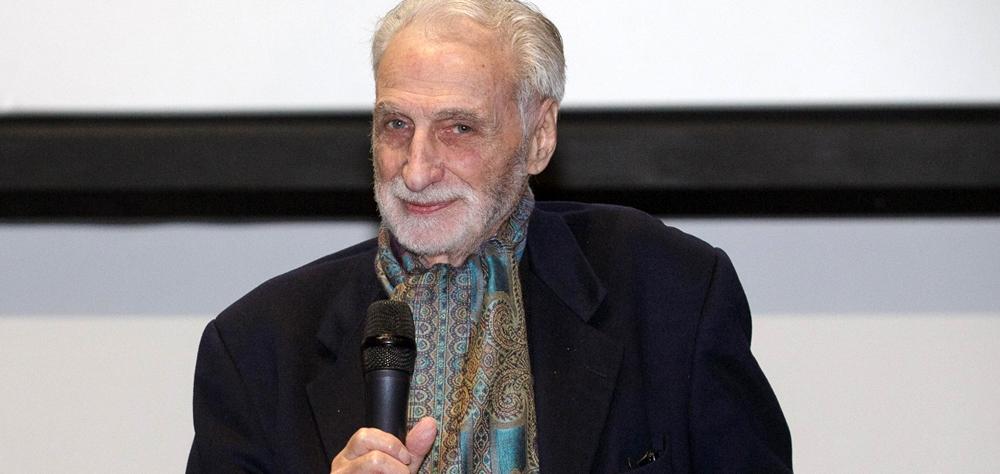 Paul Vecchiali recebe o Prêmio Leon Cakoff na estreia mundial de seu novo filme